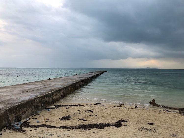 竹富島のビーチと海